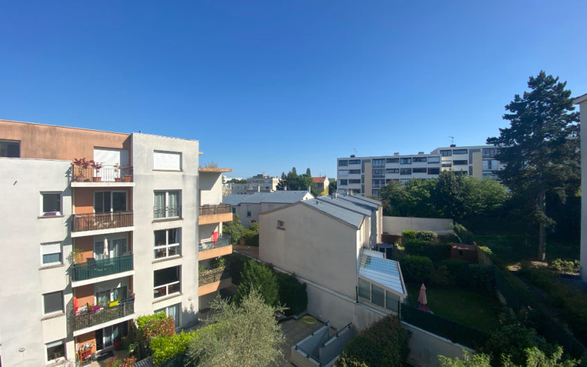Appartement Chatenay Malabry 3 pièce(s) 71 m2