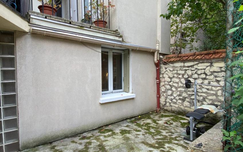 Appartement Montrouge  2 pièce(s) 38 m2