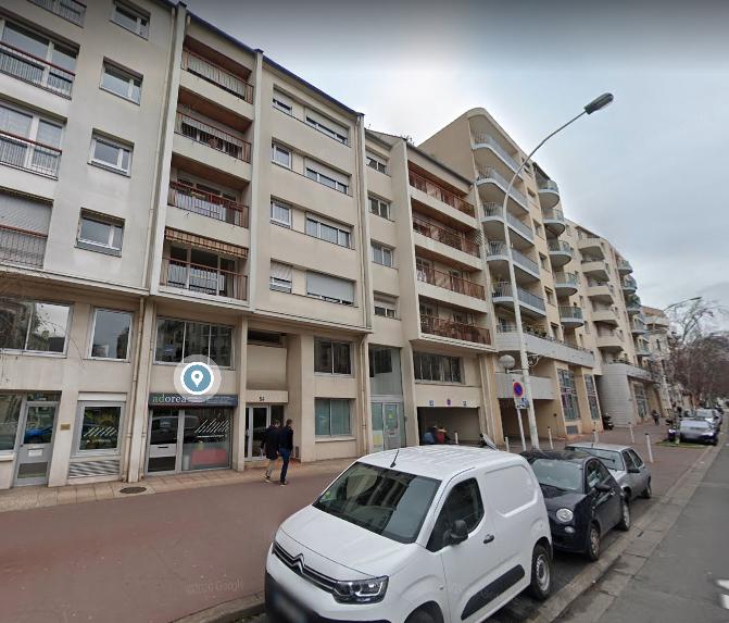 Parking / box Montrouge 1 pièce(s) 12 m2