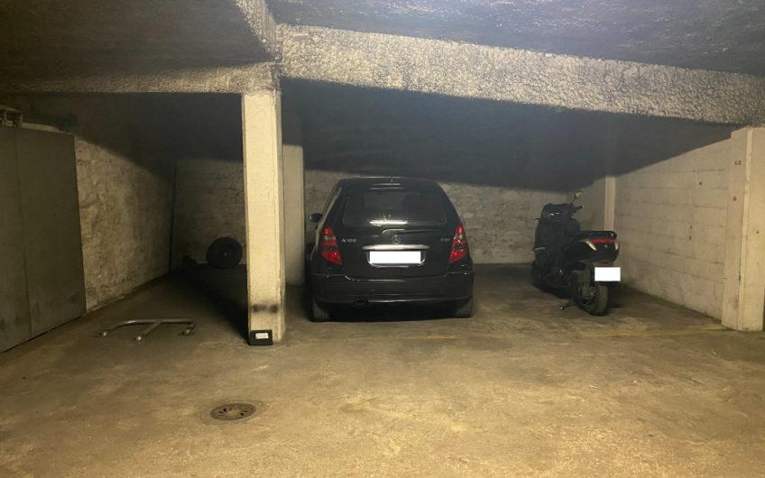 Parking / box Paris 13 m2